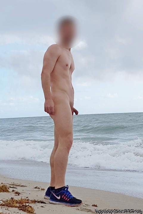 some nude morning at the ocean...