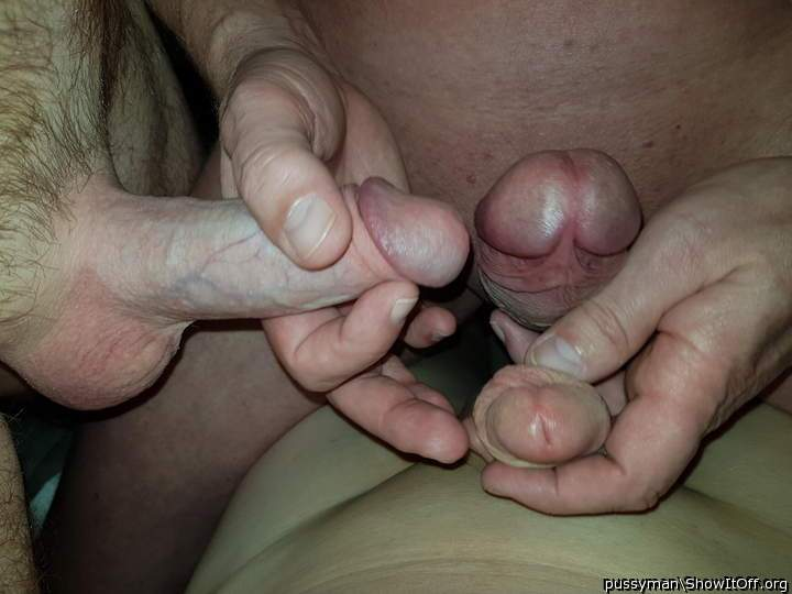 My first 3p MMM. 3 yummy cocks and lots of cum = Awesome afternoon